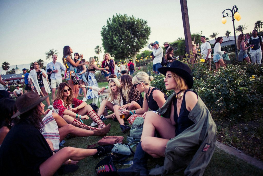 Lisa Banholzer-Blogger Bazaar-RichAndRoyal-Liebeskind-Coachella-Festival by Paul Ripke1604171846157812
