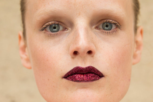 pat_mcgrath-metallic-lippen-son_9211_quer_v650x433-2
