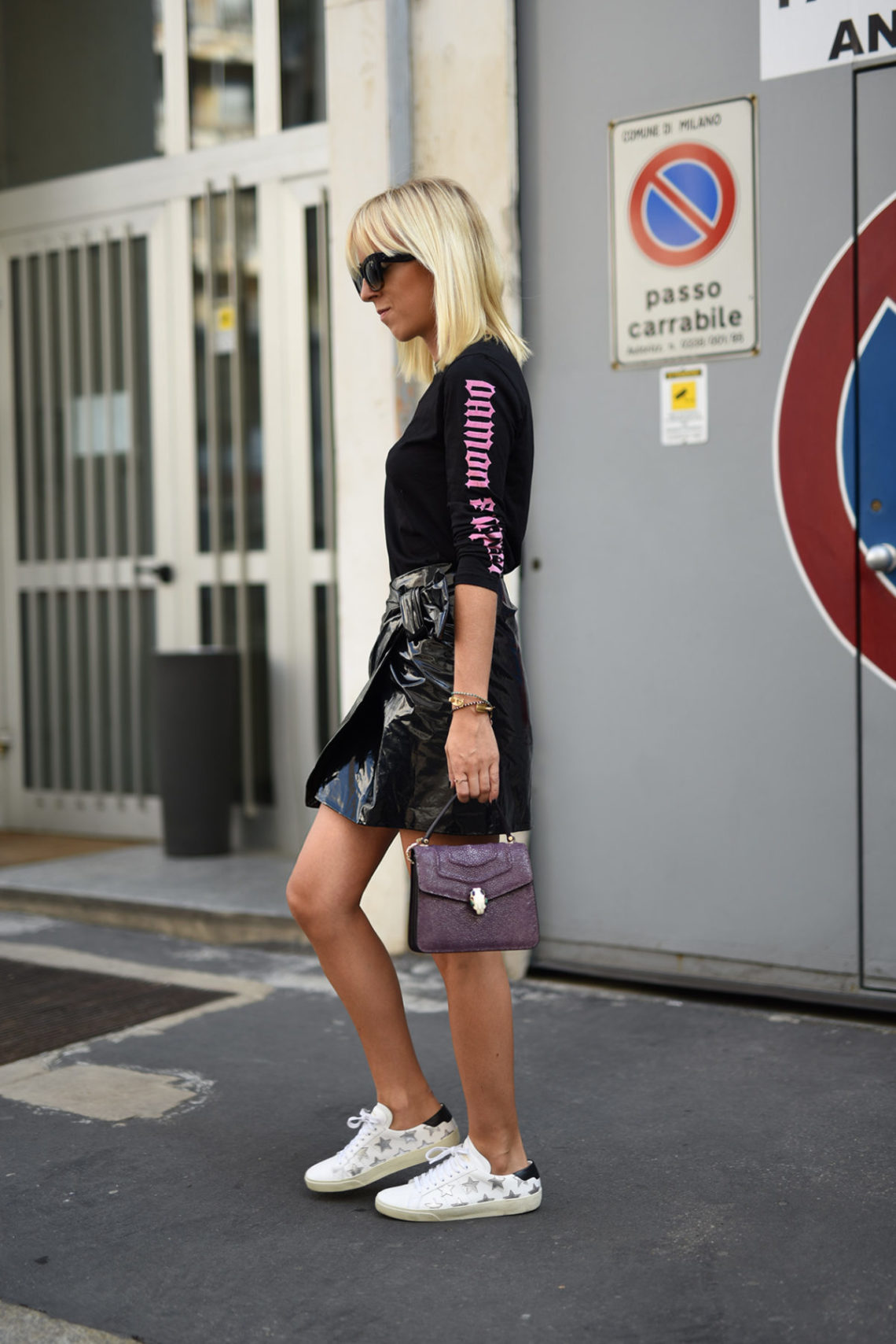 isabel-marant-leather-skirt-tanja-trutschnig-blogger-bazaar-mfw-saint-laurent-star-sneaker-5
